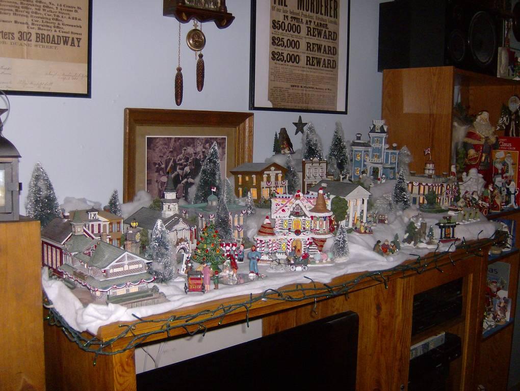 Does anyone make a christmas village hackettstown nj